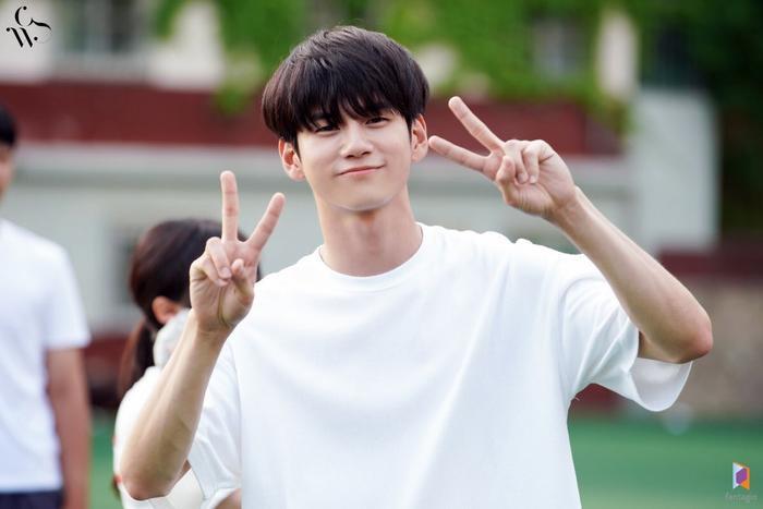 BXH danh tiếng thương hiệu diễn viên tháng 8: Yeo Jin Goo và IU về nhất, bỏ xa các đối thủ