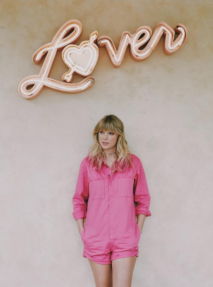 Album Lover của Taylor Swift vừa lập nên một thành tích ấn tượng.
