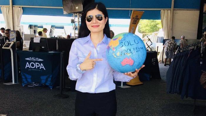 Hành trình của nữ phi công người Mỹ gốc Việt từ cô gái quê đến chuyến bay vòng quanh thế giới ảnh 1