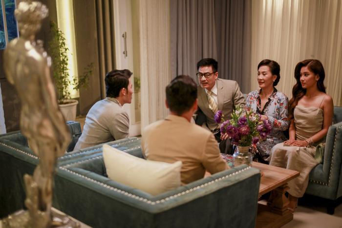 Cuộc gặp mặt gia đình chính là cao trào đầy hấp dẫn của phim.