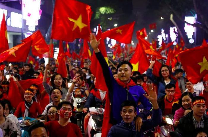 Các nhà mạng lớn ở Việt Nam dùng công nghệ Châu Âu để triền khai 5G.