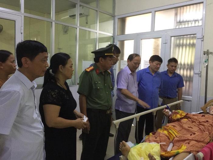Nạn nhân đang đã được cấp cứu tại bệnh viện.