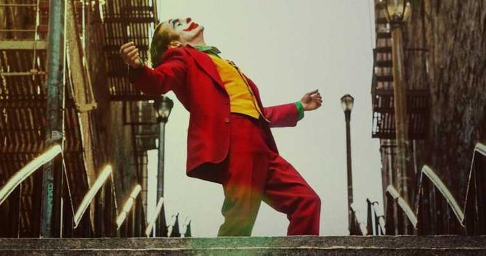 Trailer chính thức bộ phim Joker: Sự điên loạn tột cùng của Joaquin Phoenix ảnh 5