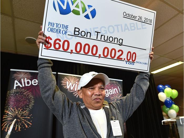 Bon Truong là chủ nhân của giải thưởng 60 triệu USD từ Lotto Max.