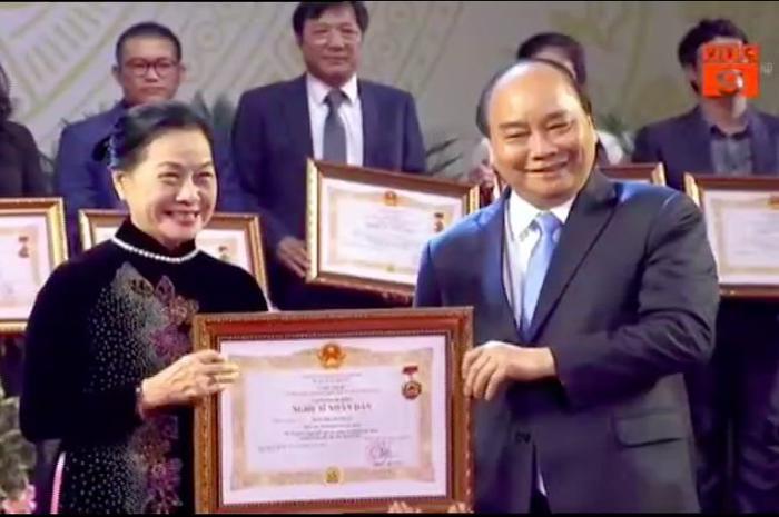 Nghệ sĩ lão thành Thanh Vy hạnh phúc khi được phong tặng danh hiệu NSND