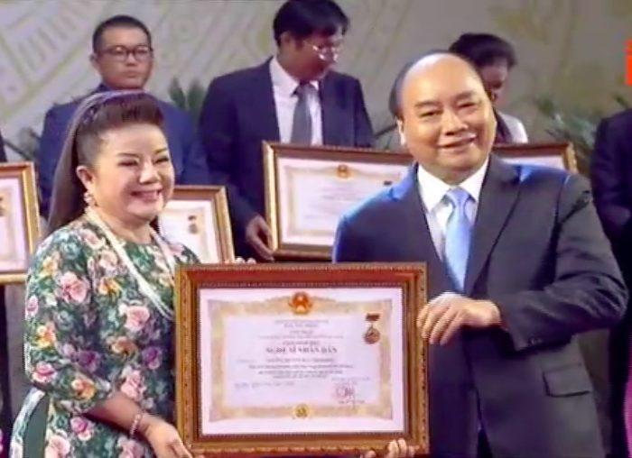 Nghệ sĩ cải lương Thoại Miêu hạnh phúc khi được phong tặng danh hiệu NSND.
