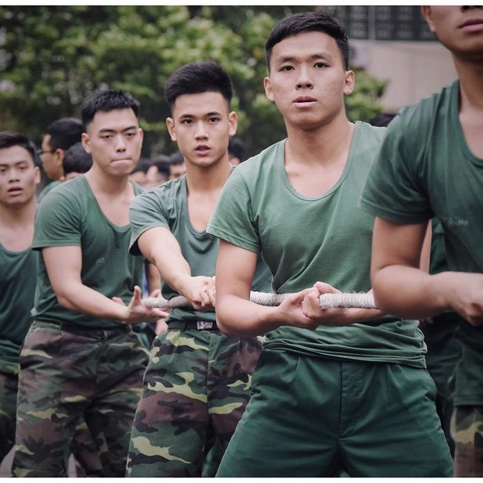 """Về dự định tương lai, 10x Phú Thọ chia sẻ: """"Mình mong muốn trở thành một sỹ quan tốt và một kỹ sư giỏi. Bản thân mình vẫn đang cố gắng, trau dồi để phát huy những điểm mạnh và rút kinh nghiệm từ những điểm yếu""""."""