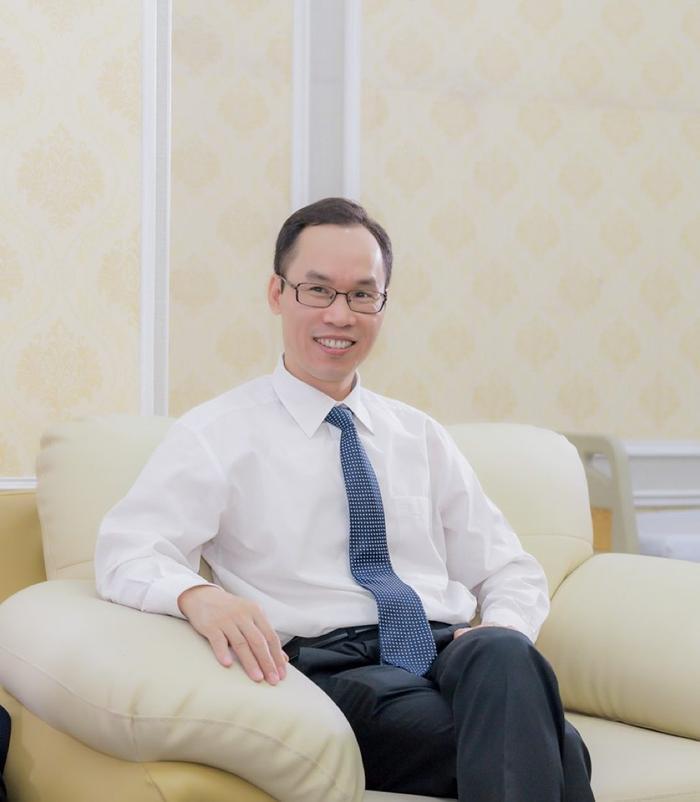 Chuyên gia thẩm mỹ, bác sĩ Nguyễn Công Hân.