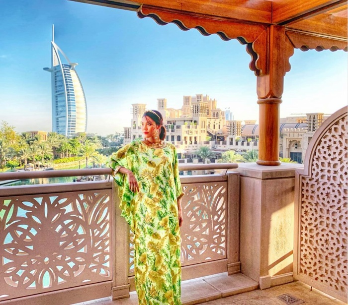 Chia sẻ cùng loạt ảnh, Lan Khuê không khỏi cảm thán trước sự phát triển vượt bậc của nền kinh tế du lịch của Dubai