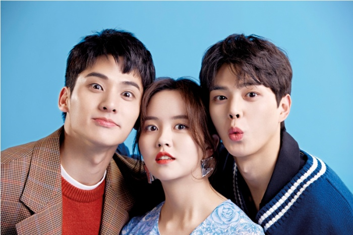 Jung Ga Ram chia sẻ về tình tay ba của anh, Song Kang và Kim So Hyun trong Love Alarm ảnh 4