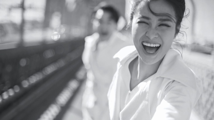 Ngắm nhìn loạt ảnh cưới hạnh phúc của Đông Nhi  Ông Cao Thắng trước thềm hôn lễ thế kỷ 9/11 ảnh 1