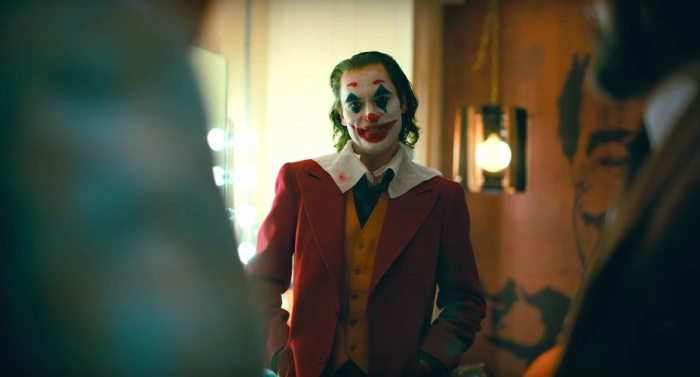 Joker có nhiều cảnh vô cùng máu me và bạo lực.