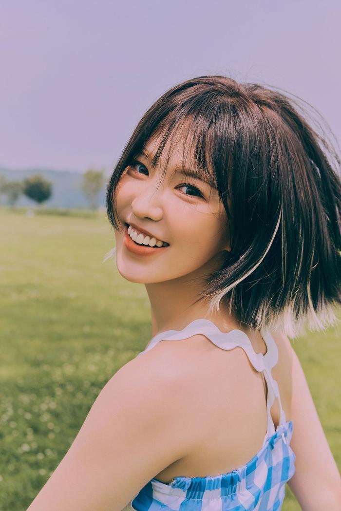 Sau sự cố trang phục của Wendy, nhiều ý kiến đã yêu cầu SM Entertainment nên đổi ngay stylist cho nhóm.