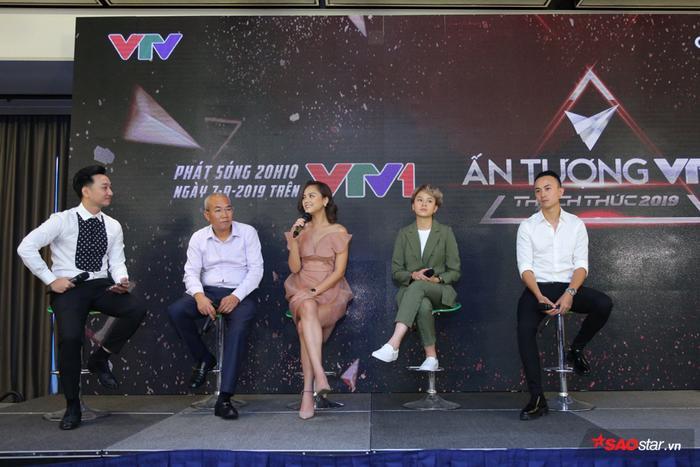 Top 5 gồm những bộ phim quen thuộc với khán giả trên đài VTV.