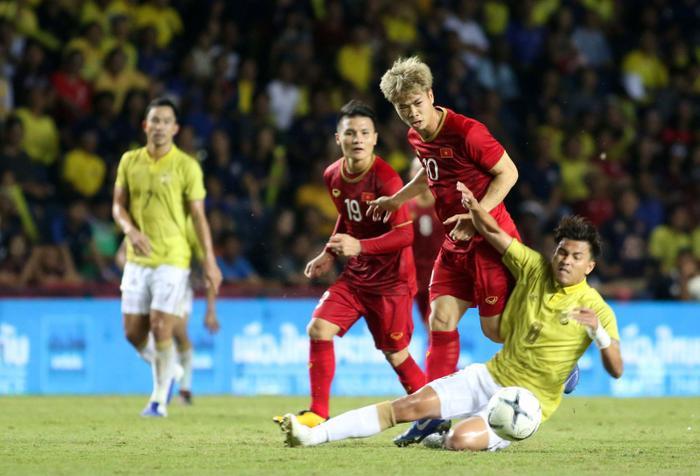 ĐT Thái Lan và ĐT Việt Nam hứa hẹn sẽ cống hiện một trận đấu hấp dẫn.