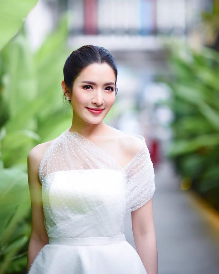 Trở lại màn ảnh sau nhiều năm vắng bóng, nữ diễn viên xinh đẹp Aff Taksaorn sẽ hợp tác cùng đài ONE 31 cho phim truyền hình mới ảnh 2