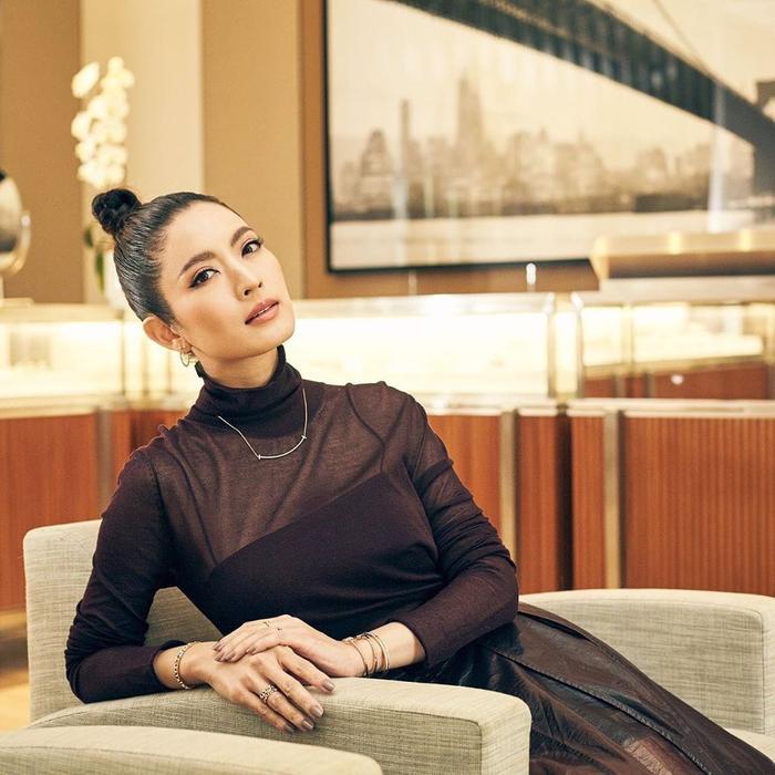Trở lại màn ảnh sau nhiều năm vắng bóng, nữ diễn viên xinh đẹp Aff Taksaorn sẽ hợp tác cùng đài ONE 31 cho phim truyền hình mới ảnh 8