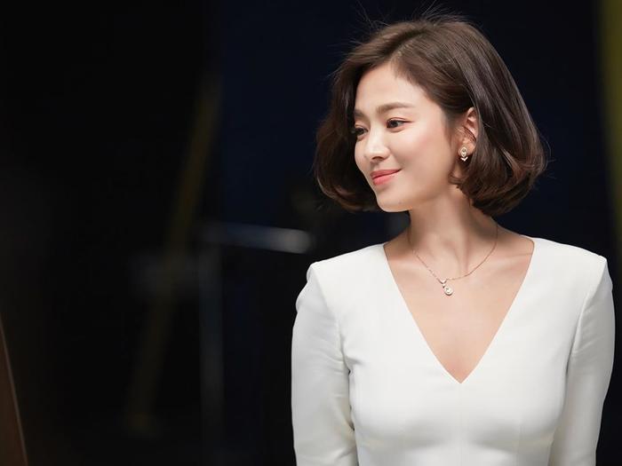 Gia đình Song Hye Kyo đã từng bị tống tiền và đe dọa tạt axit ảnh 6