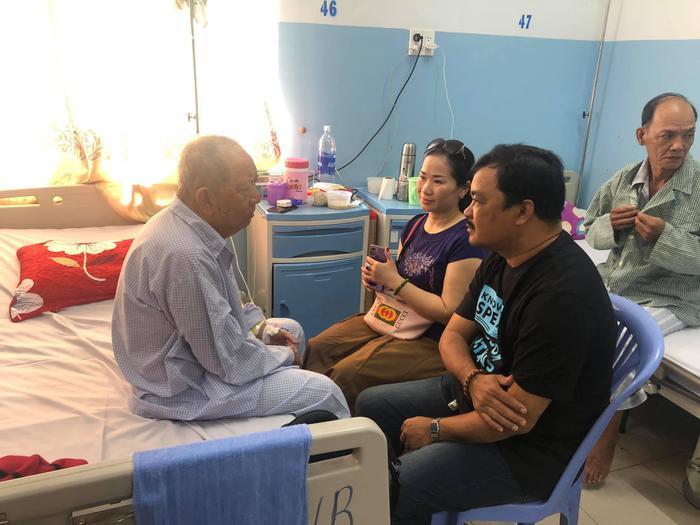 NSƯT – đạo diễn Phương Điền đến thăm bác Ba Phi – Mạc Can.