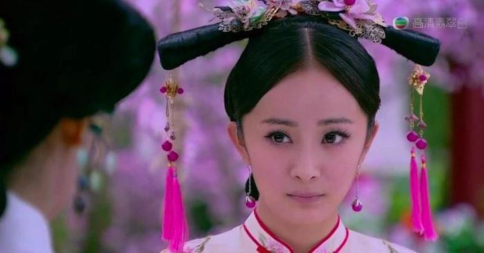 Hóa thân thành phi tần nhà Thanh, Dương Mịch làm khán giả nhớ đến nàng Tình Xuyên trong Cung tỏa tâm ngọc năm nào ảnh 5
