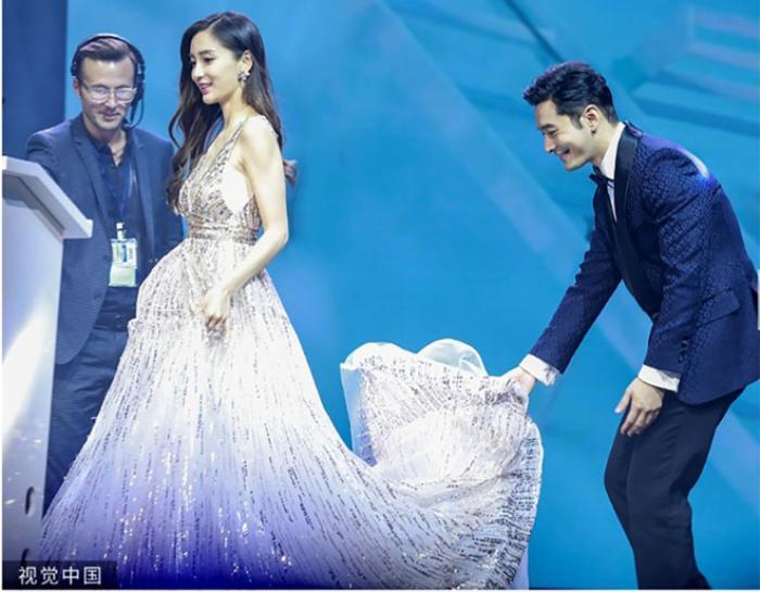 Nói về quan điểm dạy con, Huỳnh Hiểu Minh khéo léo đánh bay tin đồn ly hôn với Angelababy ảnh 1