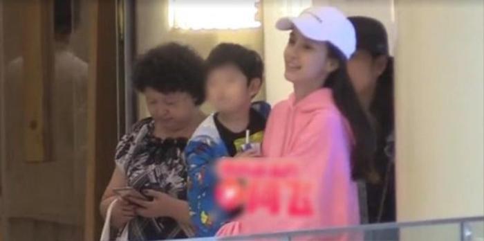 Nói về quan điểm dạy con, Huỳnh Hiểu Minh khéo léo đánh bay tin đồn ly hôn với Angelababy ảnh 7
