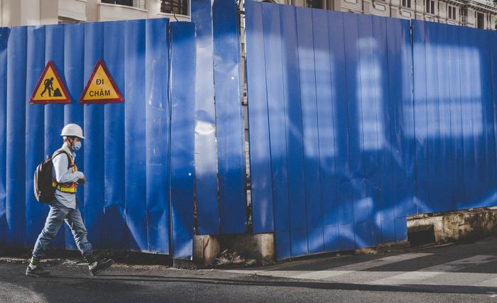 Sài Gòn tối giản mà ấn tượng qua loạt ảnh siêu tưởng của nhiếp ảnh gia người Tây Ban Nha ảnh 0