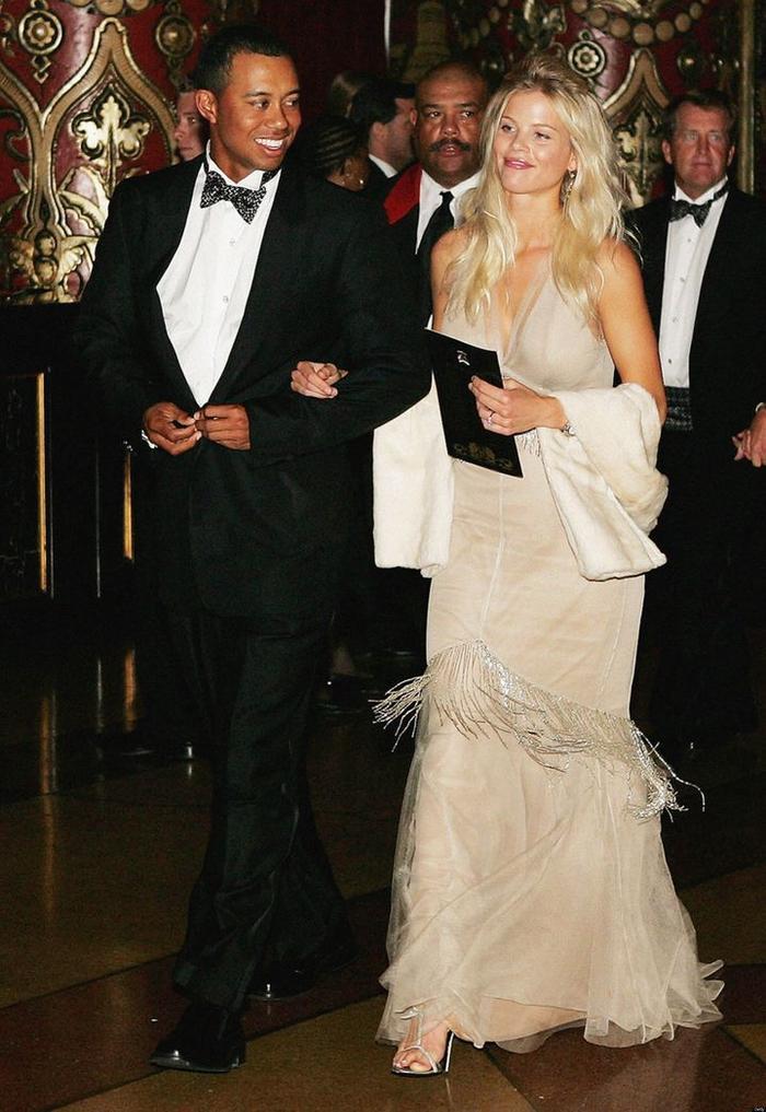 Đám cưới của cặp đôi Hollywood này được diễn ra vào năm 2004 với chi phi 1.5 triệu USD. Cả hai đã đường ai nấy đi vào tháng 8 năm 2010.