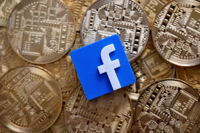 Trước đó, cựu Zhou Xiaochuan Thống đốc Ngân hàng trung ương Trung Quốc PBOC thừa nhận Facebook đã đưa ra được một ý tưởng có tầm ảnh hưởng đến hệ thống thanh toán và thương mại toàn cầu cùng Libra.