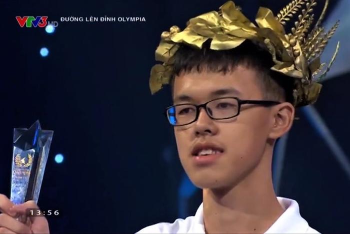 Đoàn Nam Thắng - Nam sinh đến từ trườngTHPT Chuyên Nguyễn Du, Đắk Lắk. Ảnh cắt từ clip