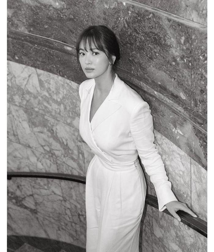 Loạt ảnh đẹp đến ná thở của Song Hye Kyo khi tham dự New York Fashion Week ảnh 14