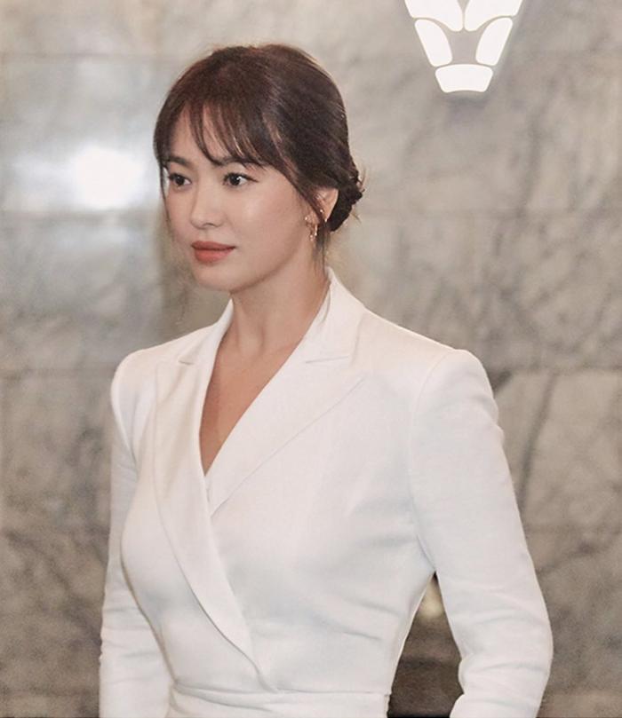 Cận cảnh nhan sắc xinh đẹp của Song Hye Kyo