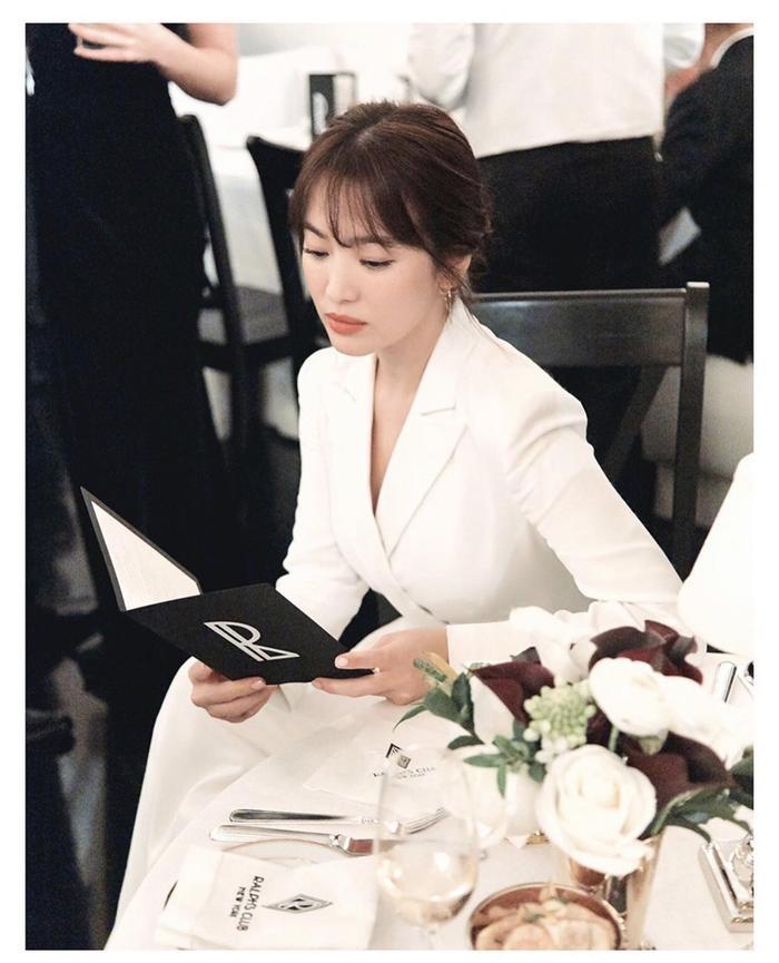 Loạt ảnh đẹp đến ná thở của Song Hye Kyo khi tham dự New York Fashion Week ảnh 16