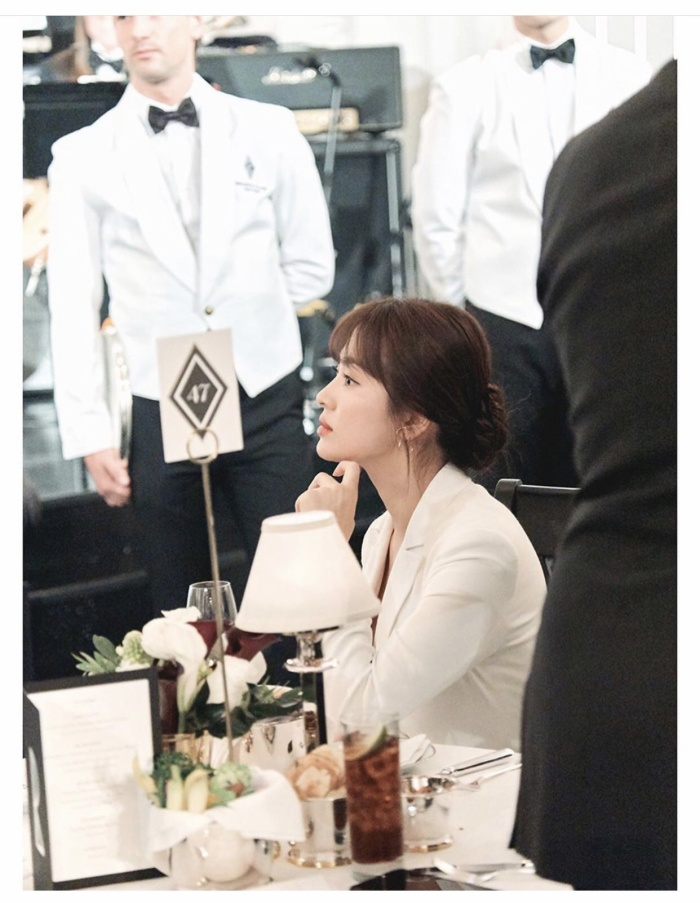 Loạt ảnh đẹp đến ná thở của Song Hye Kyo khi tham dự New York Fashion Week ảnh 15