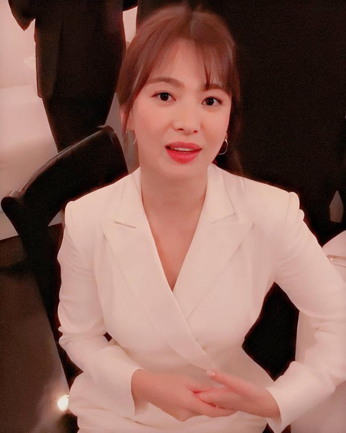 Loạt ảnh đẹp đến ná thở của Song Hye Kyo khi tham dự New York Fashion Week ảnh 7