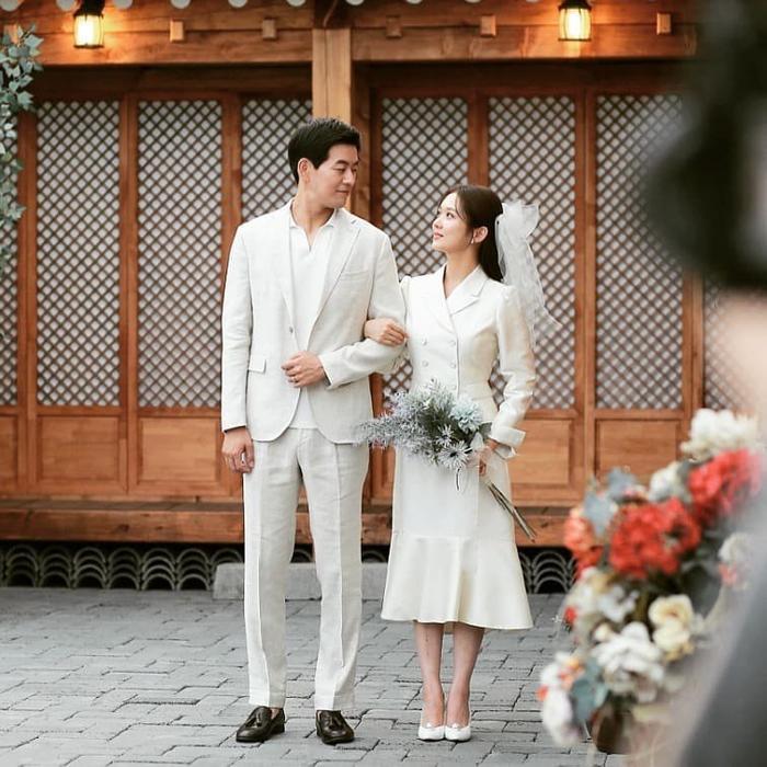 VIP: Trọn bộ ảnh cưới đẹp lung linh của cô dâu Jang Nara và anh chồng quốc dân Lee Sang Yoon ảnh 7
