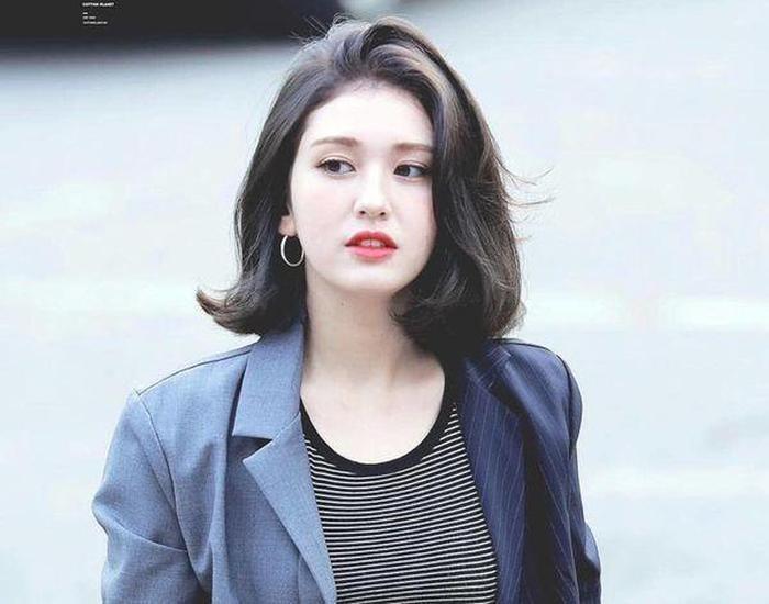 Công ty đang thương lượng với Jeon Somi.