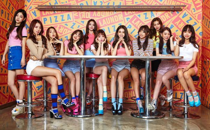 Lịch trình comeback của I.O.I đã được dời sang cuối năm để đảm bảo sự xuất hiện đầy đủ của 11 thành viên.