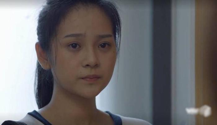 """Tam Triều Dâng vào vai """"em gái mưa"""" Dung trong bộ phim Ngày ấy mình đã yêu"""