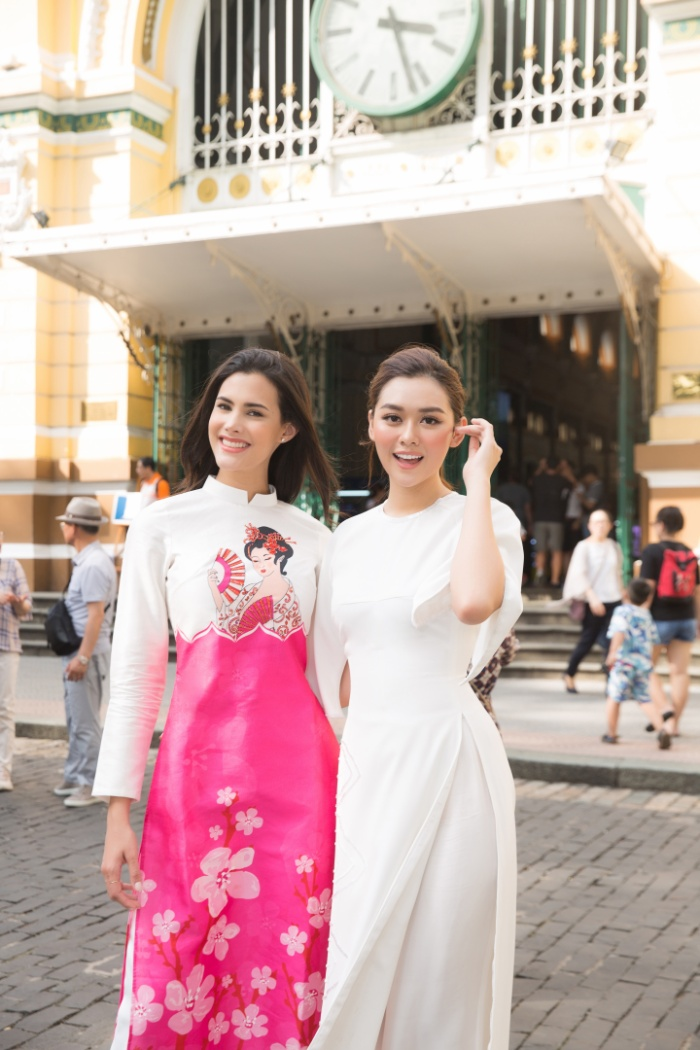 Liên tục xuất hiện cùng Mariem Velazco, đại diện Việt Nam là thí sinh được giới thiệu nhiều nhất trên Fanpage Hoa hậu Quốc tế.
