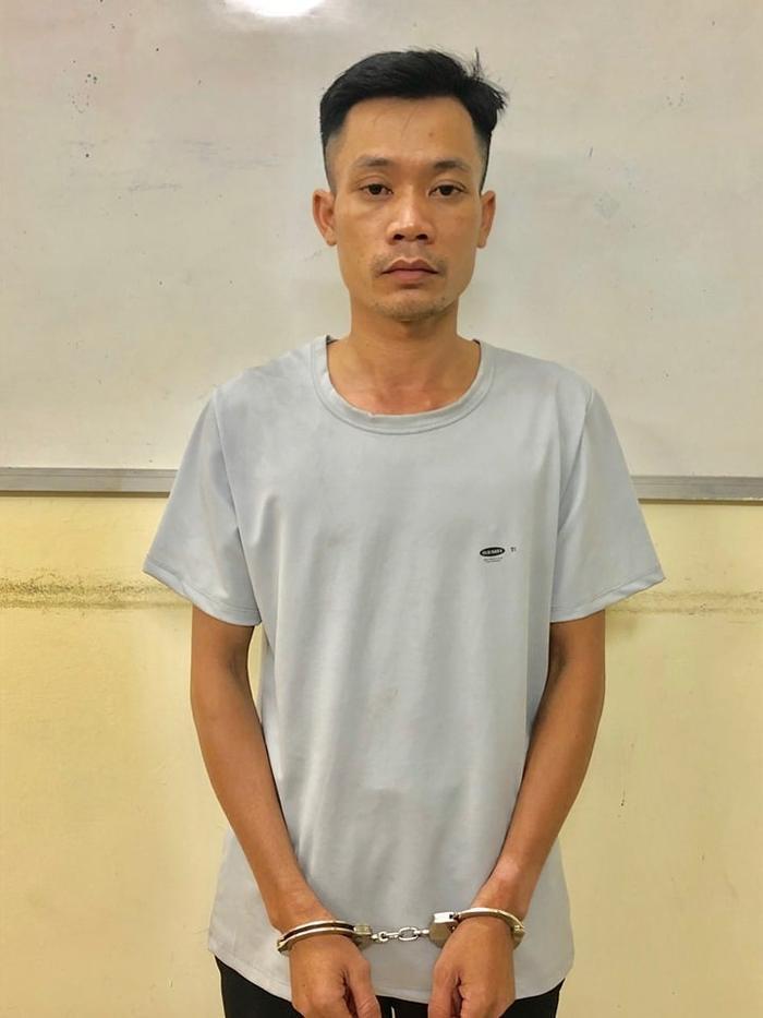 Phạm Văn Lực tại cơ quan công an.