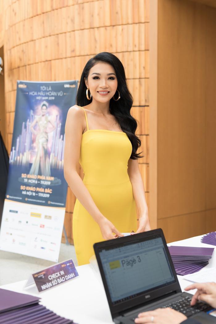 Hoàng Linh - Thí sinh Hoa hậu Hoàn vũ Việt Nam 2019.