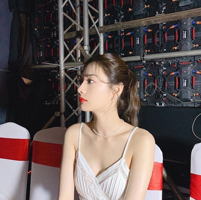 Được khen là người đẹp số 1 thế giới sau sự kiện ở Việt Nam, Nana (After School) gây tranh cãi tại Hàn ảnh 2