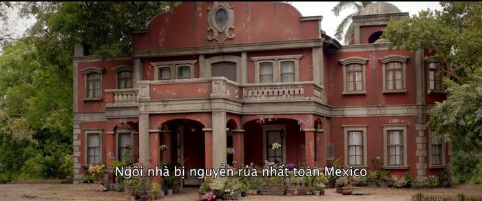 Phim kinh dị Trò đùa tử thần tung trailer đầy máu me tại căn biệt thự ma ám nổi tiếng nhất Mexico ảnh 7