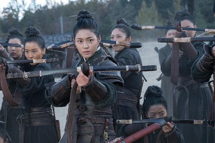 My Country: Tiết lộ tạo hình cổ trang của Seolhyun (AOA), Knet chỉ trích diễn xuất kém cỏi ảnh 3