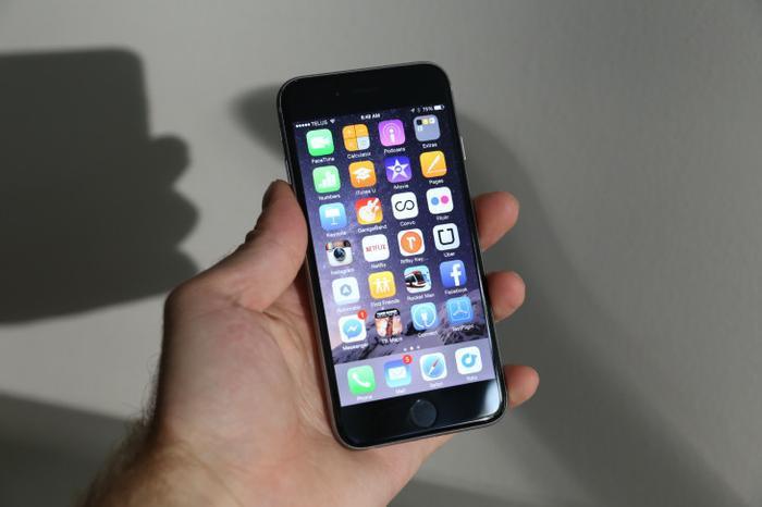 Xin chia buồn với người dùng iPhone 6 và 6 Plus bởi iOS 13 chỉ hỗ trợ từ iPhone 6s trở lên.