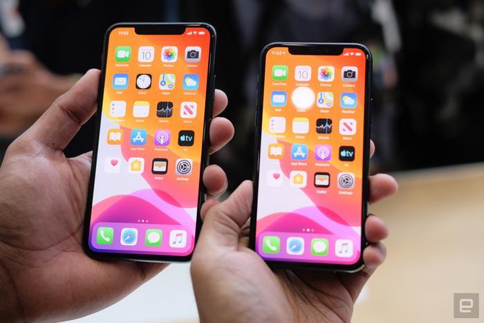 """Cũng giống như iPhone 11, bộ đôi iPhone 11 Pro và Pro Max cũng sở hữu thiết kế """"tai thỏ"""" quen thuộc có từ đời iPhone X.(Ảnh:Engadget)"""