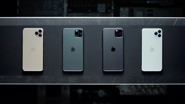 Cuối cùng, iPhone 11 sẽ được bán ra với mức giá từ 699 USD, rẻ hơn 50 USD so với iPhone XR năm ngoái. Trong khi đó, bộ đôi iPhone 11 Pro và 11 Pro Max sẽ được bán ra với mức giá lần lượt là 999 USD và 1099 USD. (Ảnh:Techradar)
