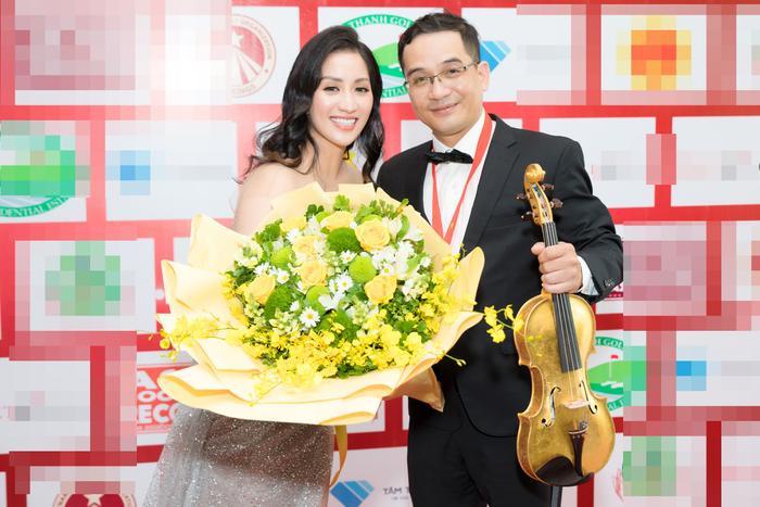 Nữ kiện tướng chia sẻ anh trai cô là người chơi vĩ cầm giỏi, từng là nhạc công trẻ trong dàn giao hưởng Century do cố công nương Diana tài trợ ở nước Anh