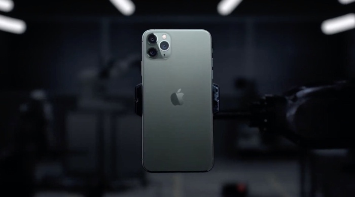 Cụm camera vuông trên iPhone 11 đang gây không ít tranh cãi trong cộng đồng người yêu công nghệ. (Ảnh: Gottabemobile)